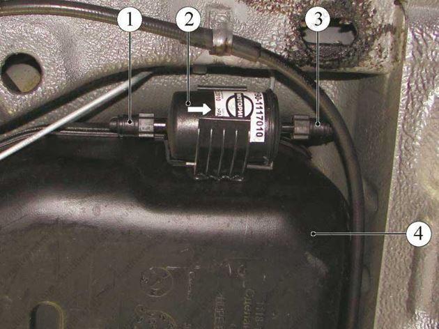 Где находится топливный фильтр у лада-гранты