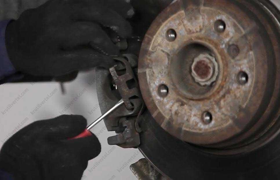 тормозной диск BMW 7