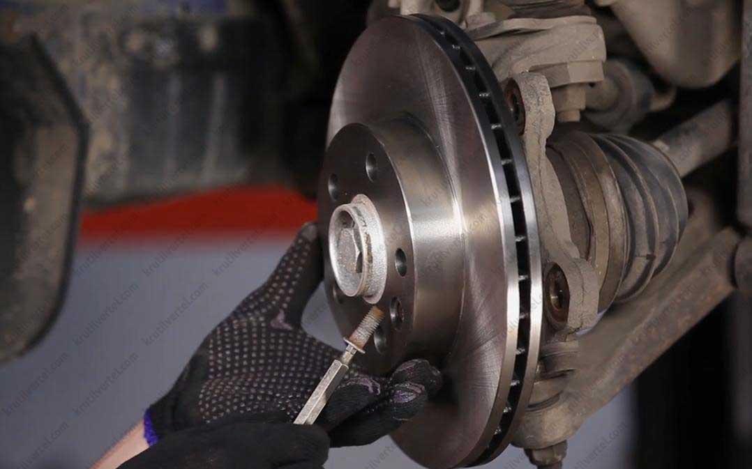 Транспортер т4 замена тормозных колодок в емкости на конвейеру