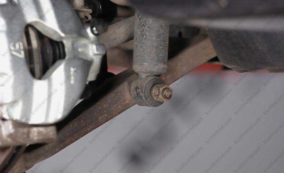 Замена передней стойки фольксваген транспортер ручка кпп транспортер