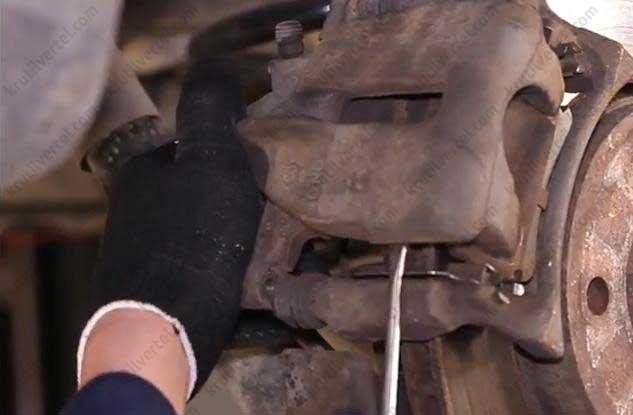 Замена колодок на транспортере 5 транспортер фольксваген тюнинг фото